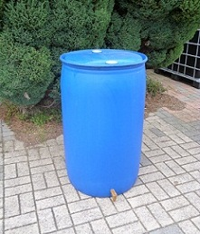 recycled-210-water-butt3.JPG